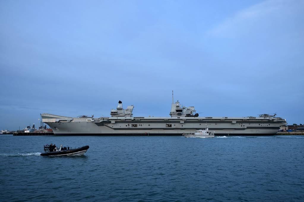 Un portaaviones británico sale de Singapur en medio de tensiones en el Pacífico