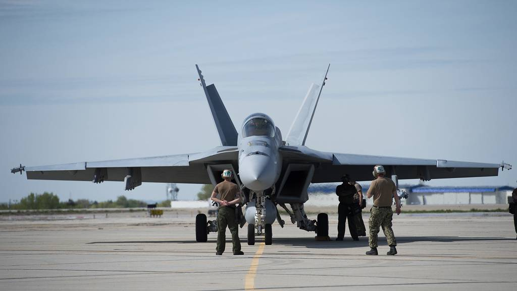 A U.S. Navy F/A-18F Super Hornet prepares for take-off from Gowen Field in Boise, Idaho.
