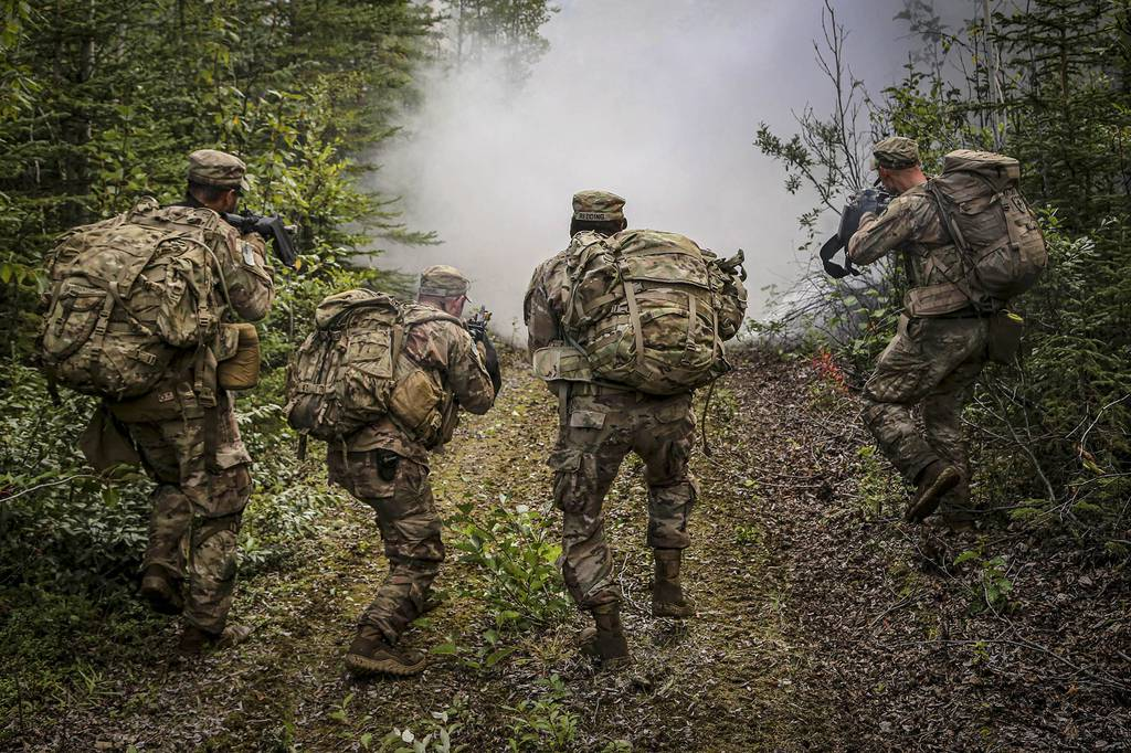 Infantrymen assigned to Alaska National Guard, U.S. Army, and U.S. Army Reserve units train on Joint Base Elemendorf-Richardson Aug. 26, 2020, as part of the Advanced Leadership Course held by the Alaska National Guard's 207th Multi-functional Training Regiment.